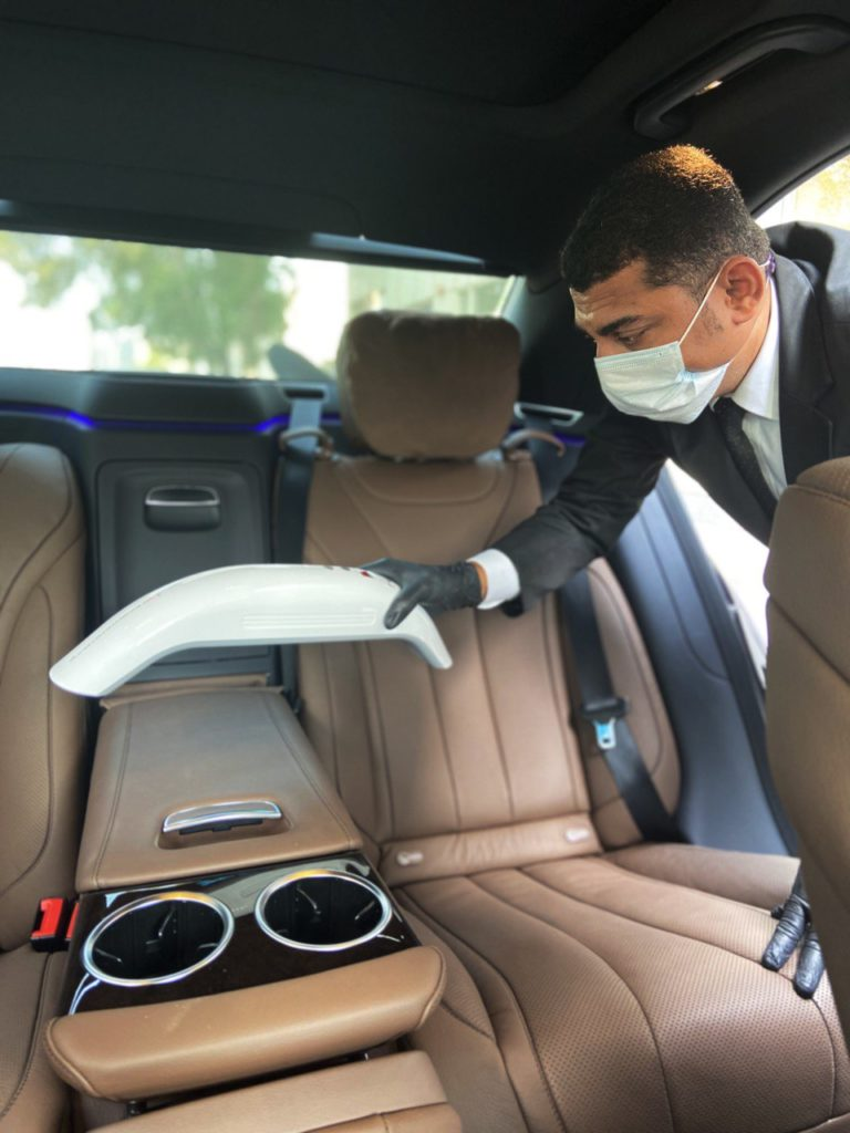 Driver in mask performs UVC LIGHT DISINFECTION